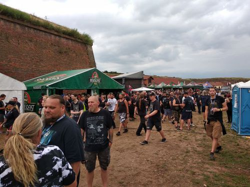 BRUTAL ASSAULT 2019 – warm up (úterý)